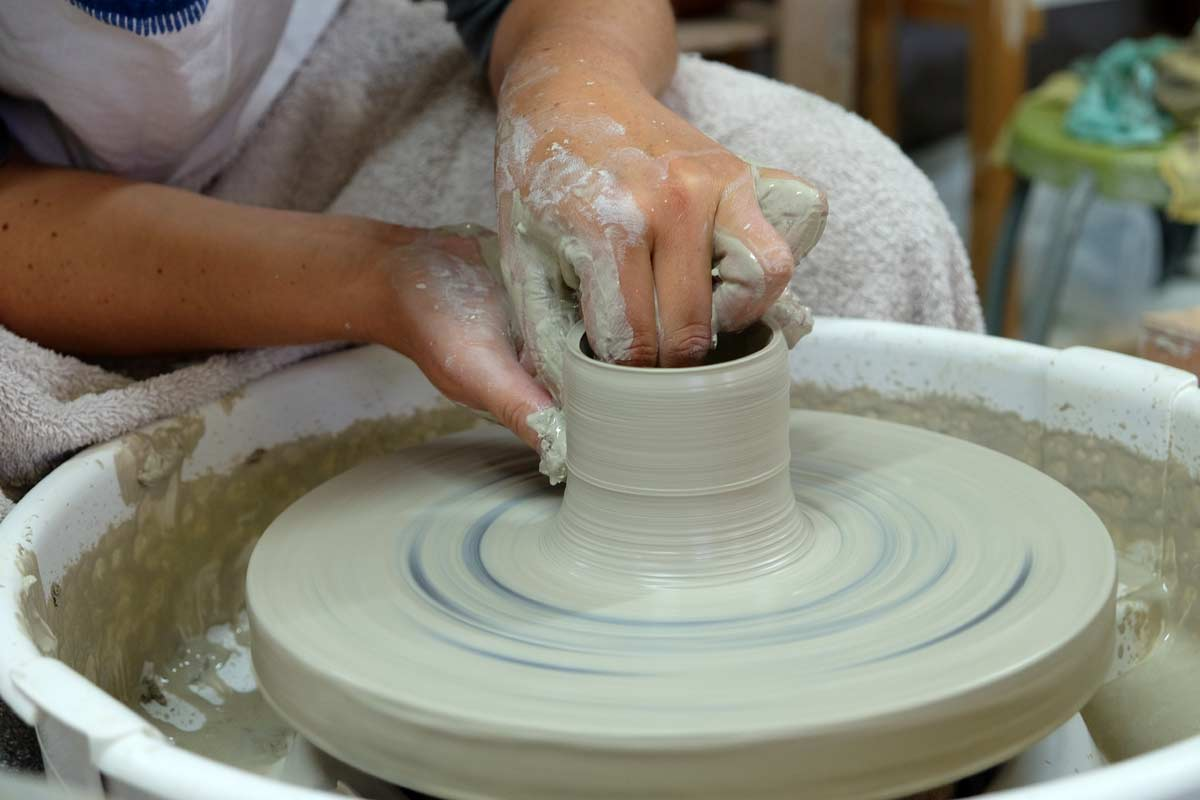 Keramika pottendraaien keramieklessen